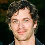 Tom Everett Scott joins cast of 'Parental Guidance'